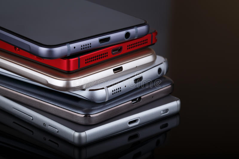 Mobiele telefoon draadloze communicatietechnologie en mobiliteitsbusi stock afbeeldingen