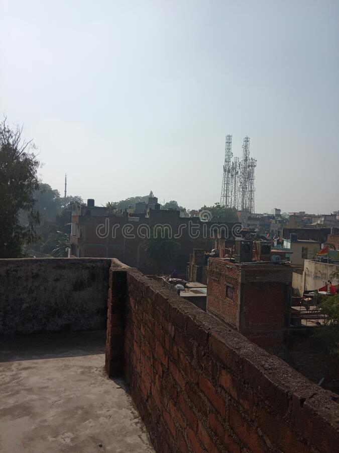 Mobiele toren en huisfoto's Lucknow city India stock fotografie