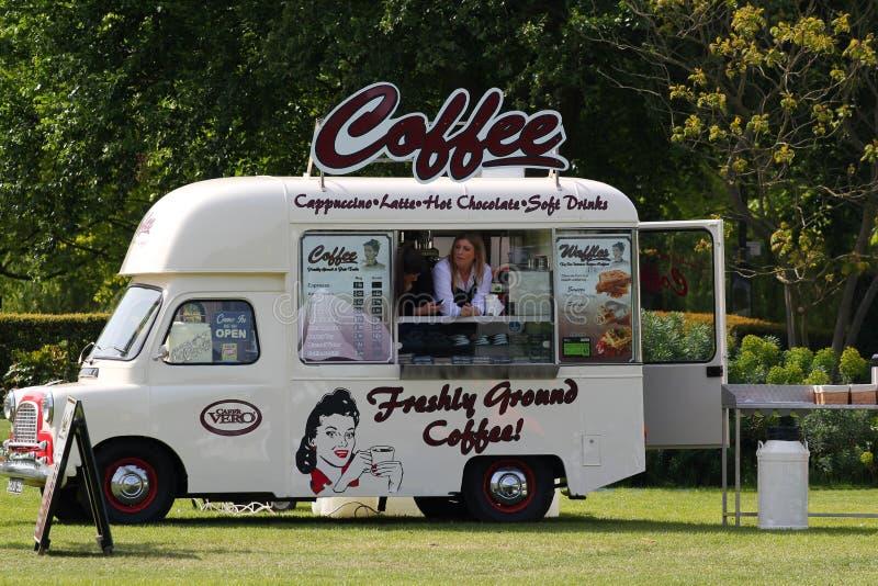 Mobil coffee shop. fotografering för bildbyråer