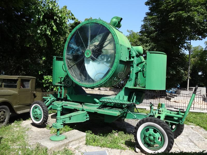 Mobil militär strålkastare som produceras i Sovjetunionenet royaltyfria bilder