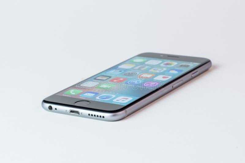 Mobile Phone, Gadget, Feature Phone, Communication Device Free Public Domain Cc0 Image