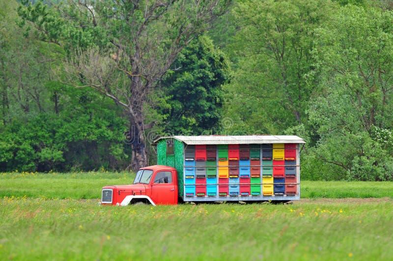 Mobiles Bienenhaus lizenzfreie stockbilder