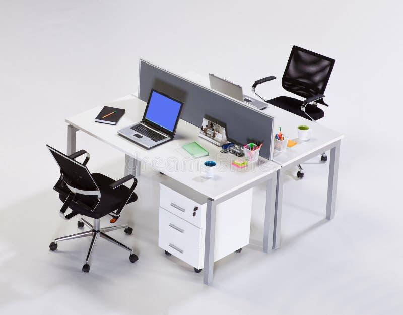 Mobiliário de escritório em um fundo branco fotos de stock royalty free
