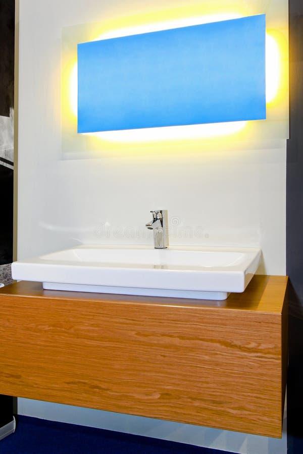 Mobilia della stanza da bagno fotografia stock