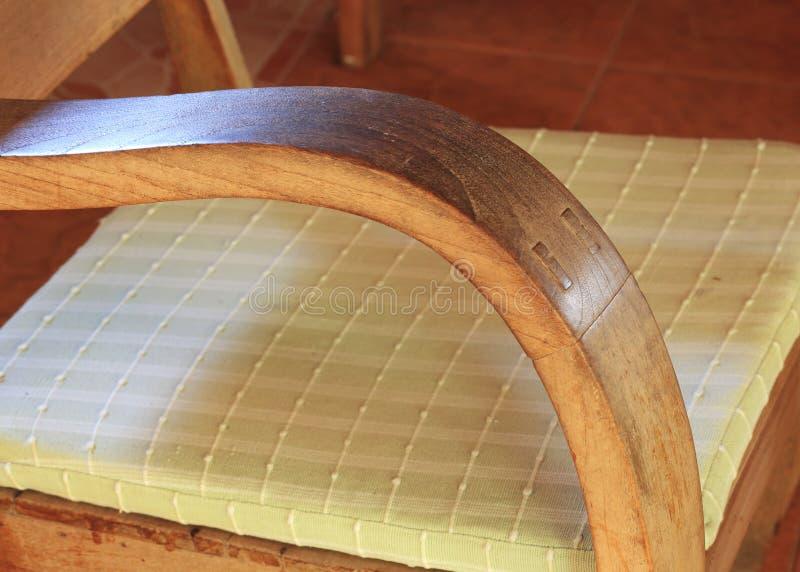 Mobilia di legno dell 39 angolo della curva immagine stock for Mobilia download