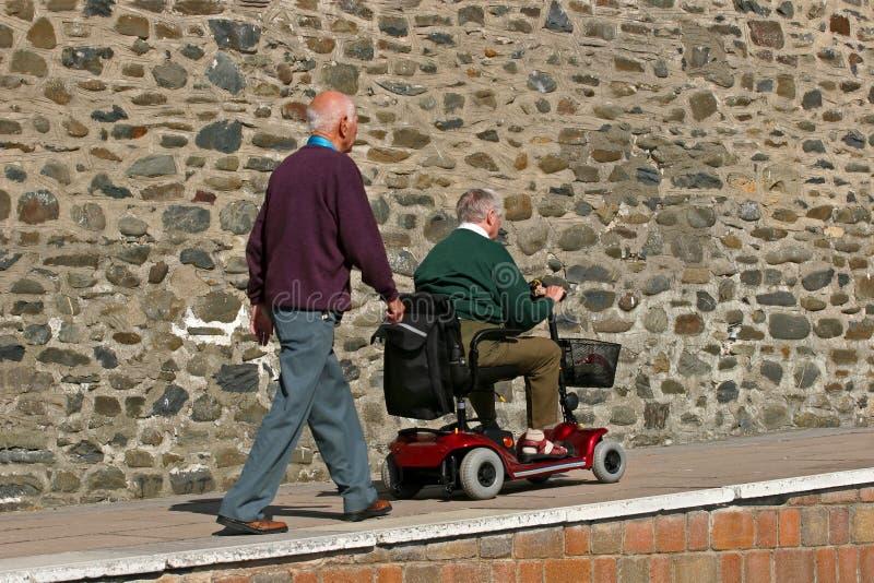 Mobilité pour l'handicapé image stock