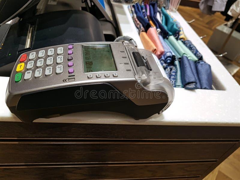 Mobilny płatniczy śmiertelnie, gotowy używać dla sprzedaży bez gotówki fotografia stock