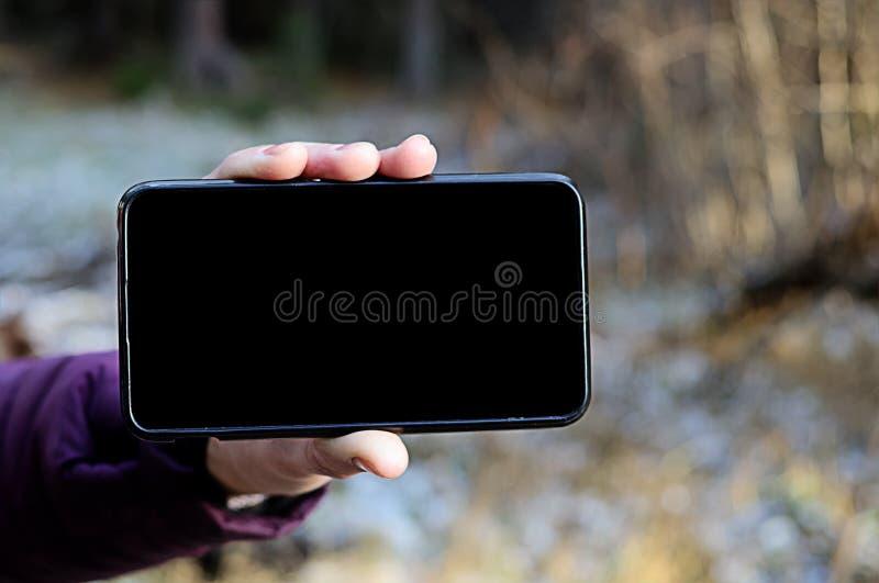 Mobiltelefon för tom skärm horisontal arkivfoton