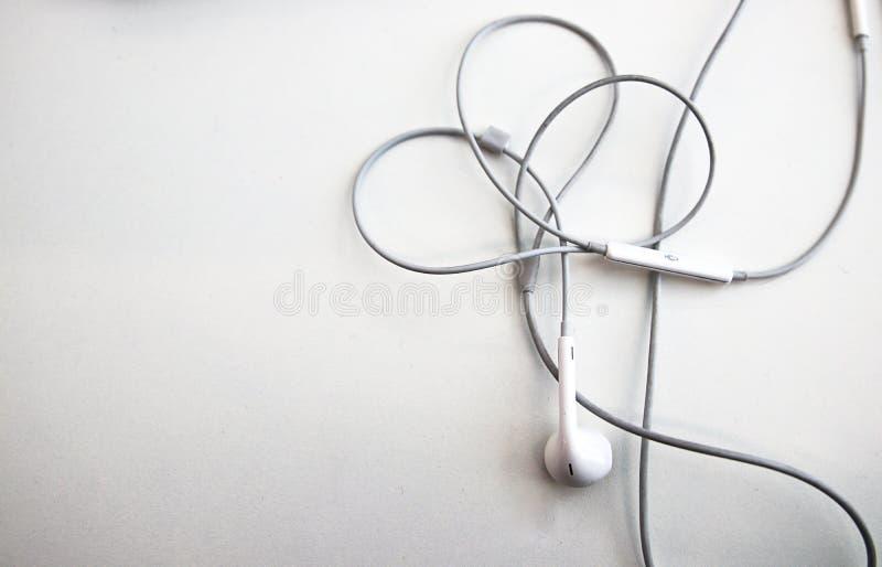 MobiltelefonHeadphone för musik arkivbild