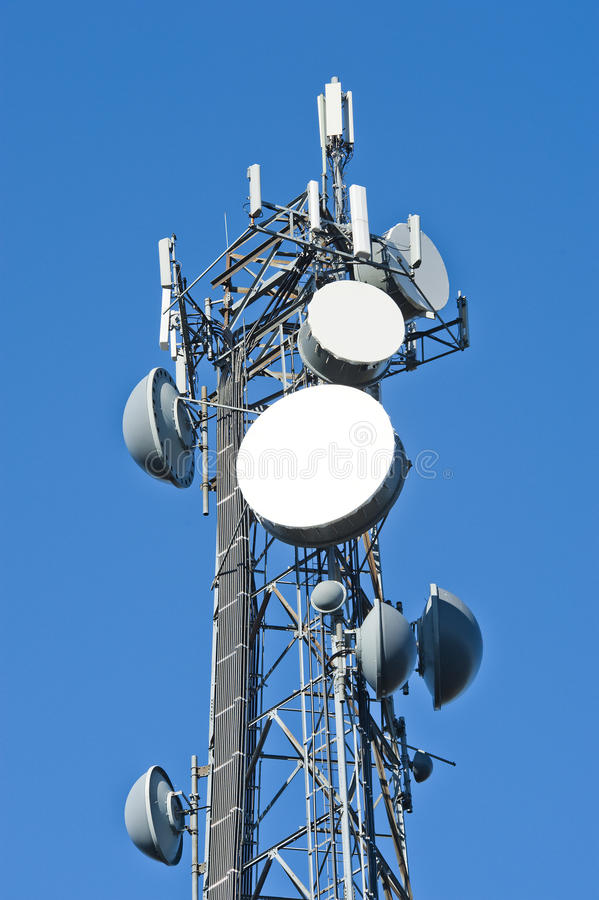 Mobiltelefonkontrollturm stockfotos