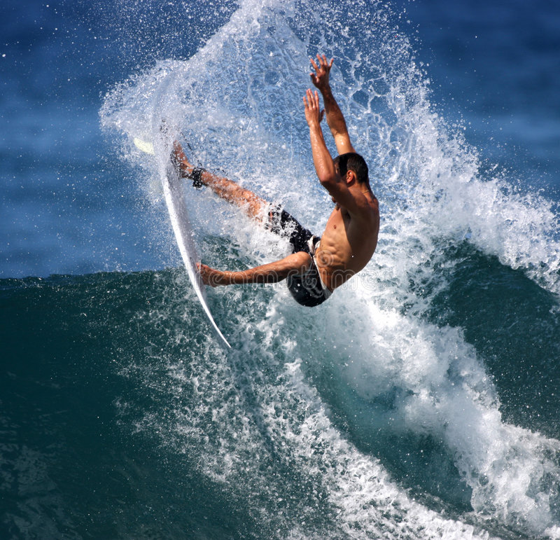 moc surfera zdjęcia royalty free