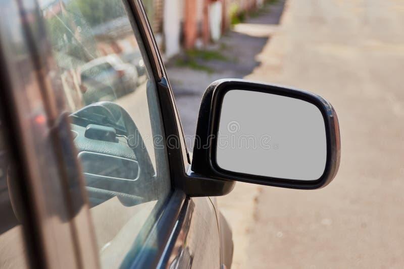 Mocap边后视汽车镜子 免版税库存照片