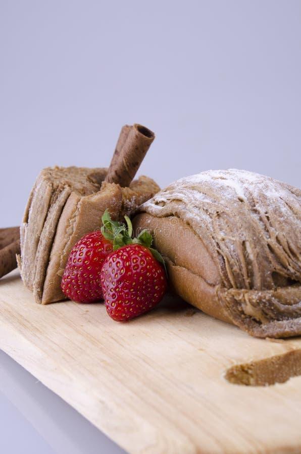 Mochabrood met suiker stock fotografie