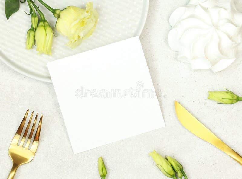 Mockup ślubna karta zdjęcie stock