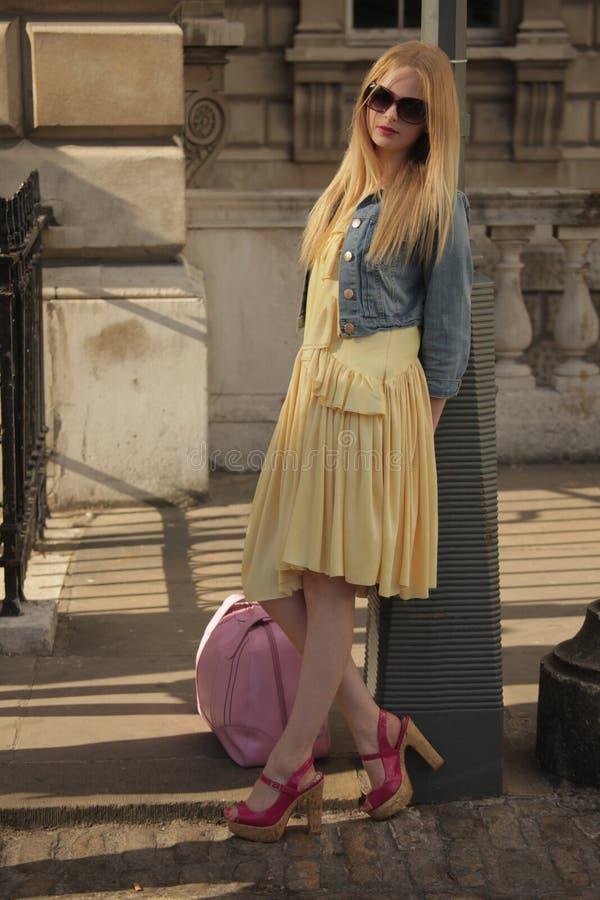 Modèle à la semaine de mode de Londres photos libres de droits