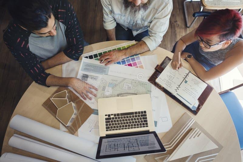Modèle Co de Creative Occupation Meeting d'architecte de studio de conception photographie stock
