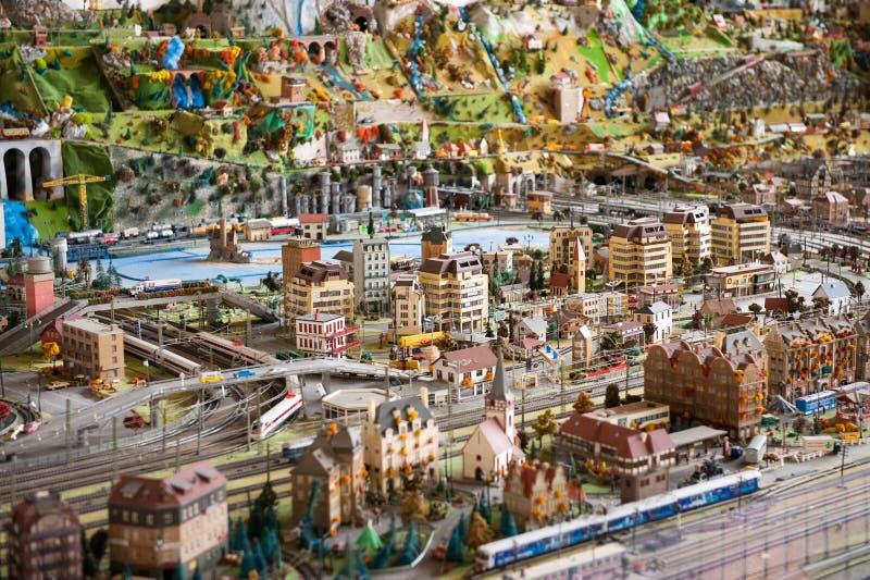 Modèle d'échelle miniature d'une ville moderne image stock