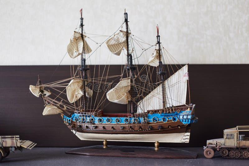 Modèle d'échelle d'un voilier antique photographie stock