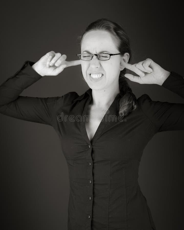 Modèle d'isolement sur le fond simple branchant des oreilles image stock
