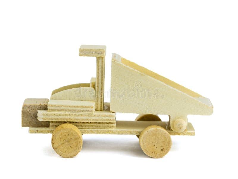 Modèle de camion fait de bois d'isolement sur le fond blanc images libres de droits