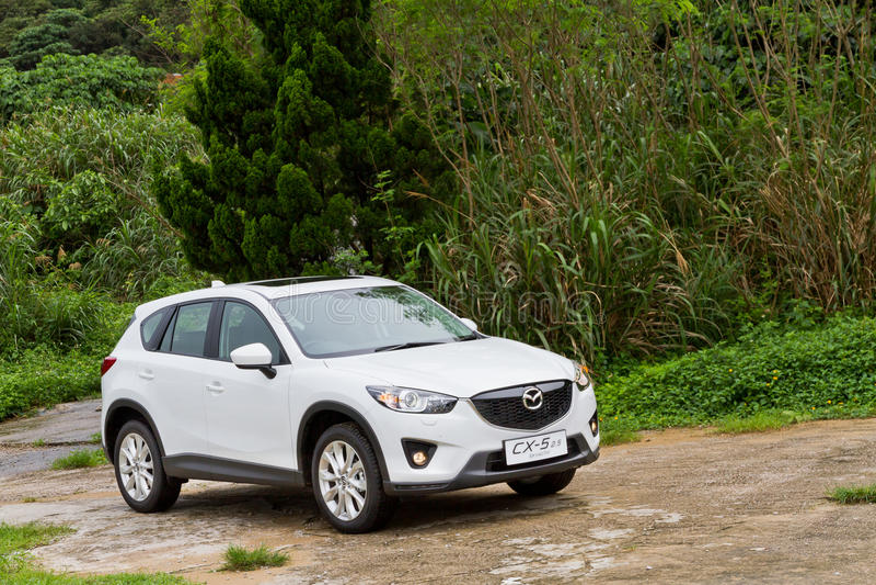 Modèle 2013 de Mazda CX-5 2,5 images libres de droits
