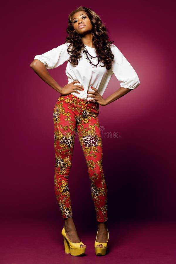Modèle de mode d'African-american. photo libre de droits