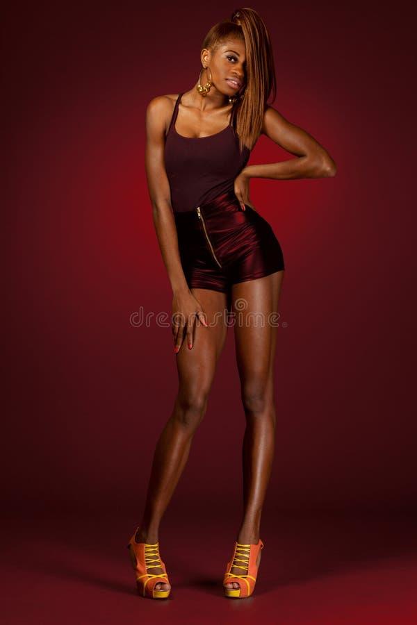 Modèle de mode d'African-american. image libre de droits
