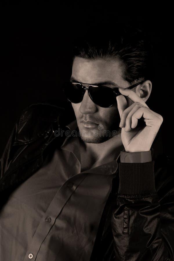 Modèle de mode mâle frais photographie stock
