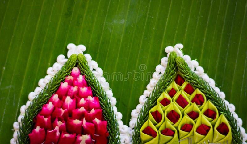 Modèle de panier de flottement par la feuille de banane pour Loy Kratong images libres de droits