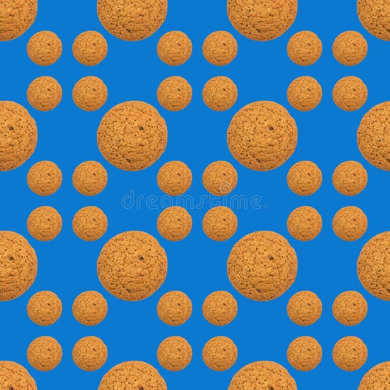 Modèle de répétition sans couture des biscuits sur le fond bleu photos libres de droits