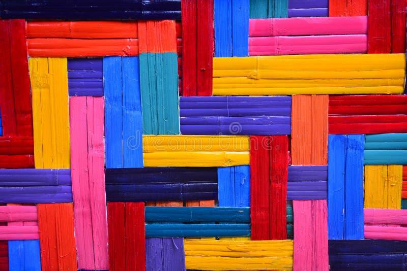 Modèle en bambou d'armure colorée pour le fond images libres de droits