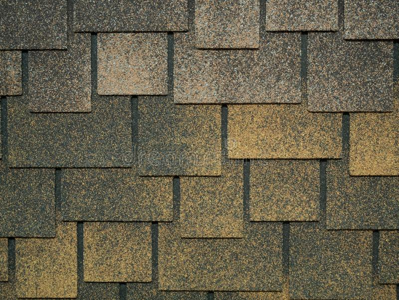 Modèle fait de bardeaux modernes de tuiles de toit photographie stock