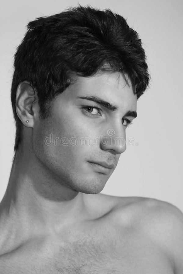 Modèle italien de jeune homme de mode image libre de droits