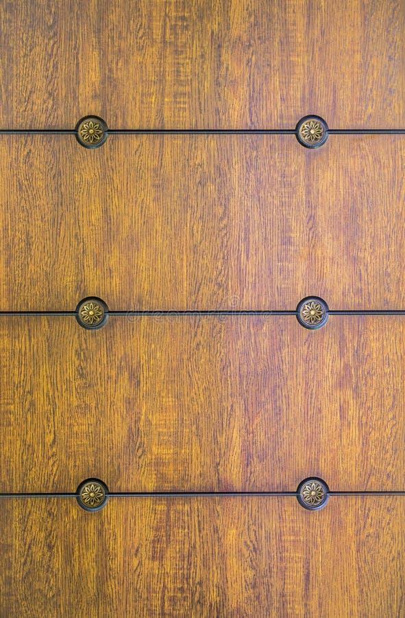 Modèle, panneau en bois Vieille texture d'un coffret ou d'un coffre des tiroirs en bois photos stock