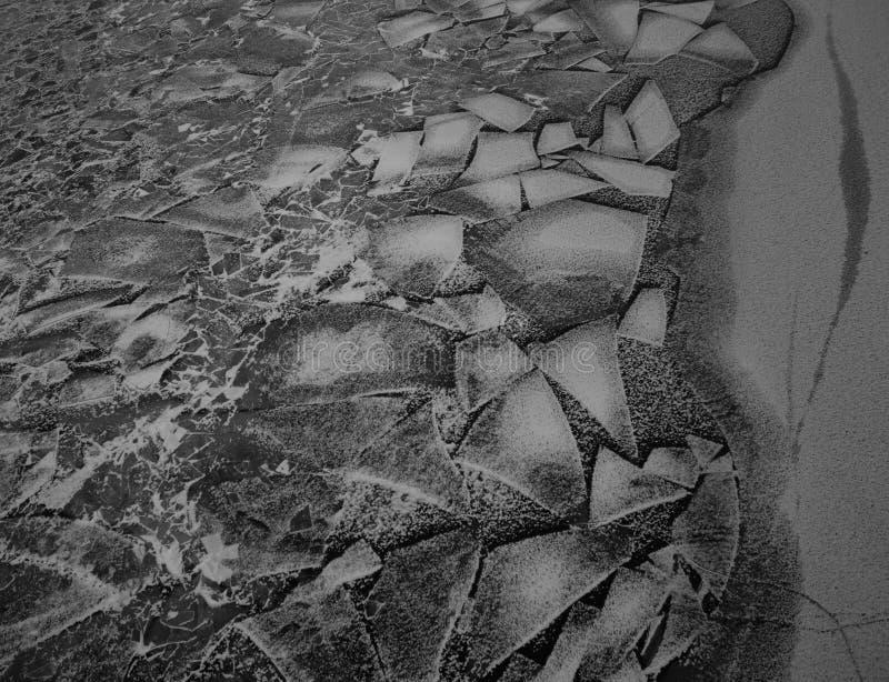 Modèle peu commun de glace sur la rivière photos libres de droits