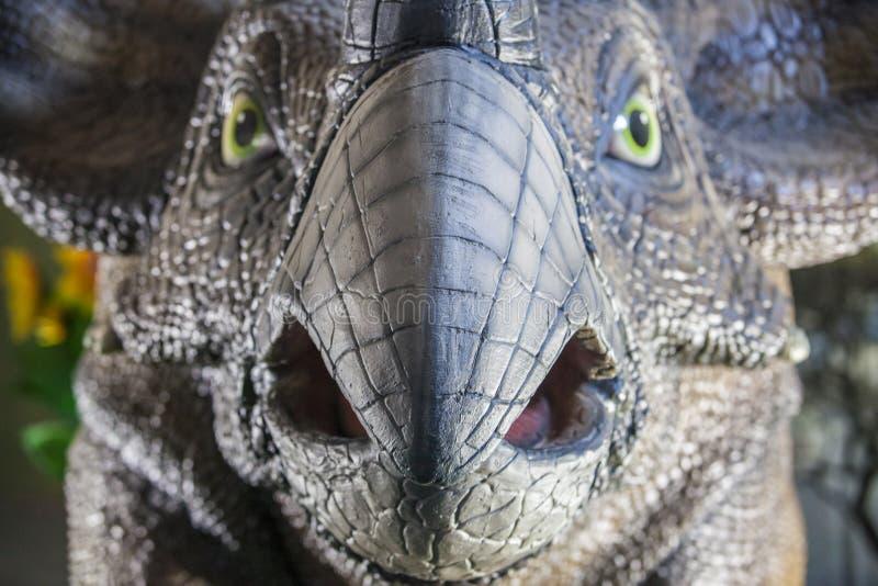 Modèle réaliste de dinosaure de Triceratops photo libre de droits