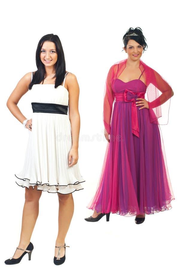 Modèles à la mode dans des robes élégantes image stock
