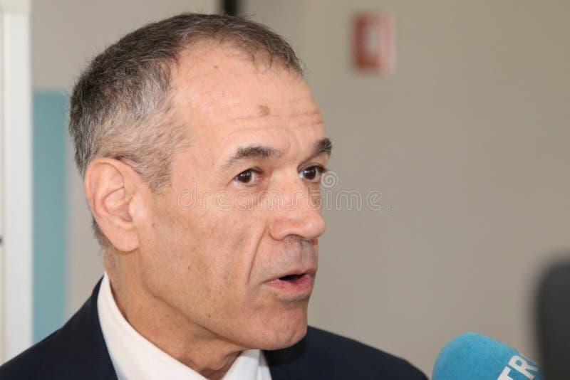 MODÈNE - l'ITALIE - JANVIER 2019 - économiste italien de Carlo Cottarelli, prise de parole en public photos libres de droits