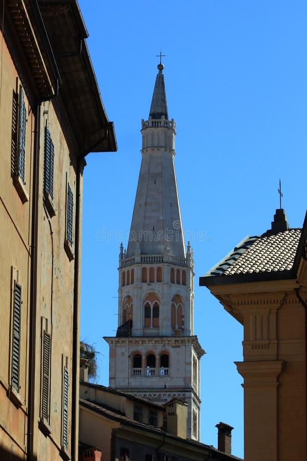 Modène, tour de cloche de Ghirlandina, Emilia Romagna, Italie images libres de droits
