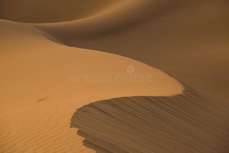 Mod?le de d?sert de sable Il peut être contemplé pendant longtemps images stock
