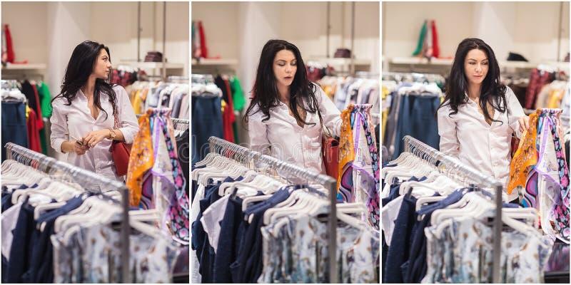Moda atractiva de la mujer joven tirada en alameda Señora joven de moda hermosa en la camisa blanca en área de compras fotos de archivo