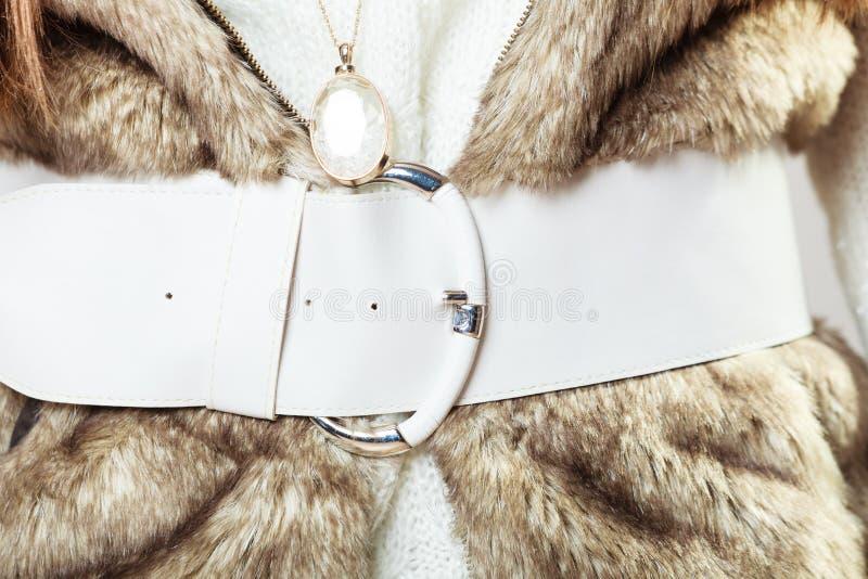 Moda de invierno para las mujeres fotos de archivo libres de regalías