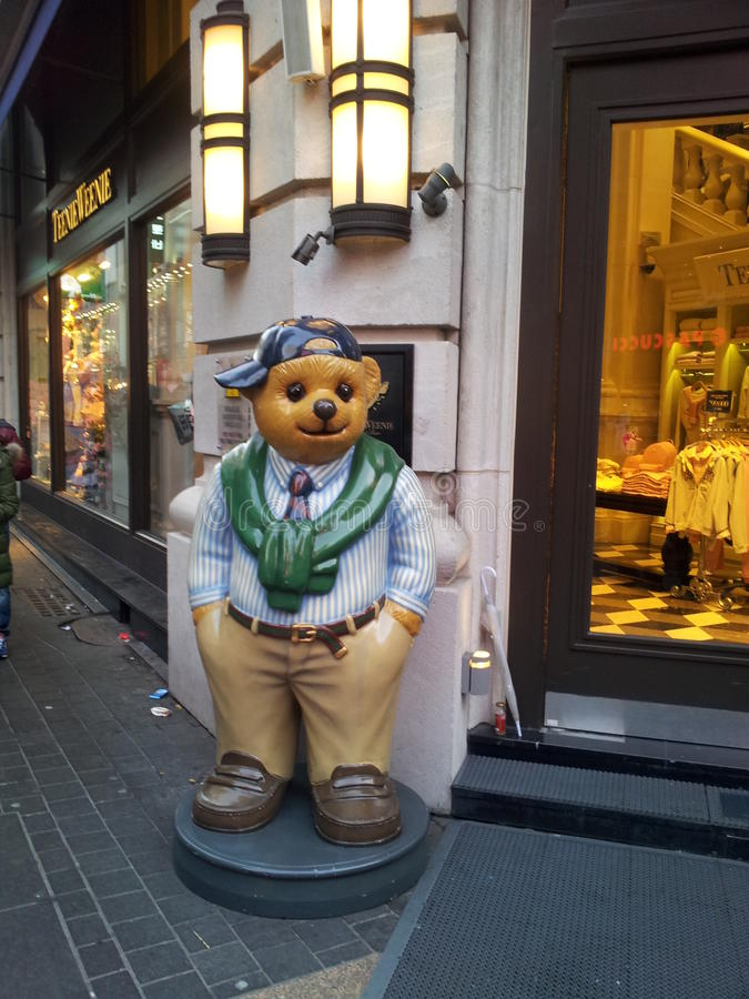 Moda del oso foto de archivo libre de regalías