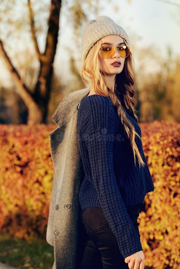 Moda estacional del otoño fotografía de archivo