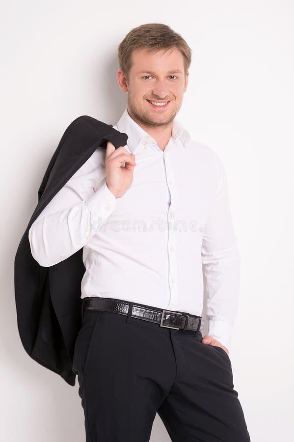 Moda młody człowiek w białej koszula obraz stock