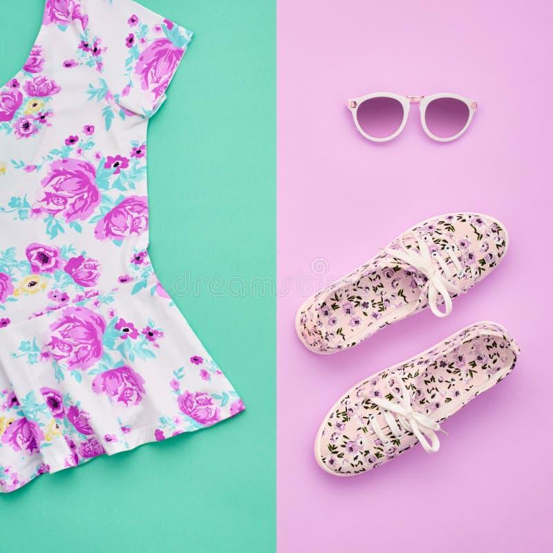Moda Odzieżowi akcesoria Ustawiający strój minimalizm obraz stock