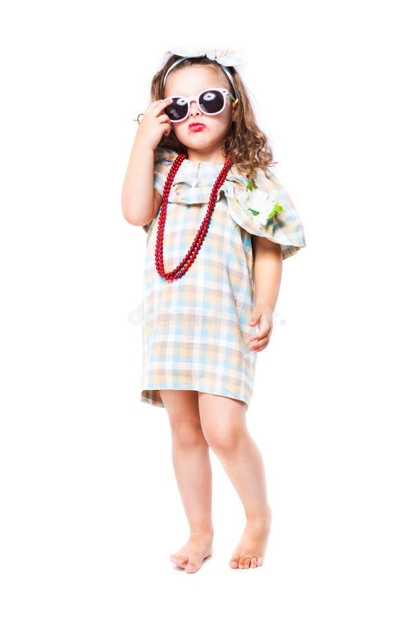 Moda portret dziewczyny dziecko sunglasses fotografia stock