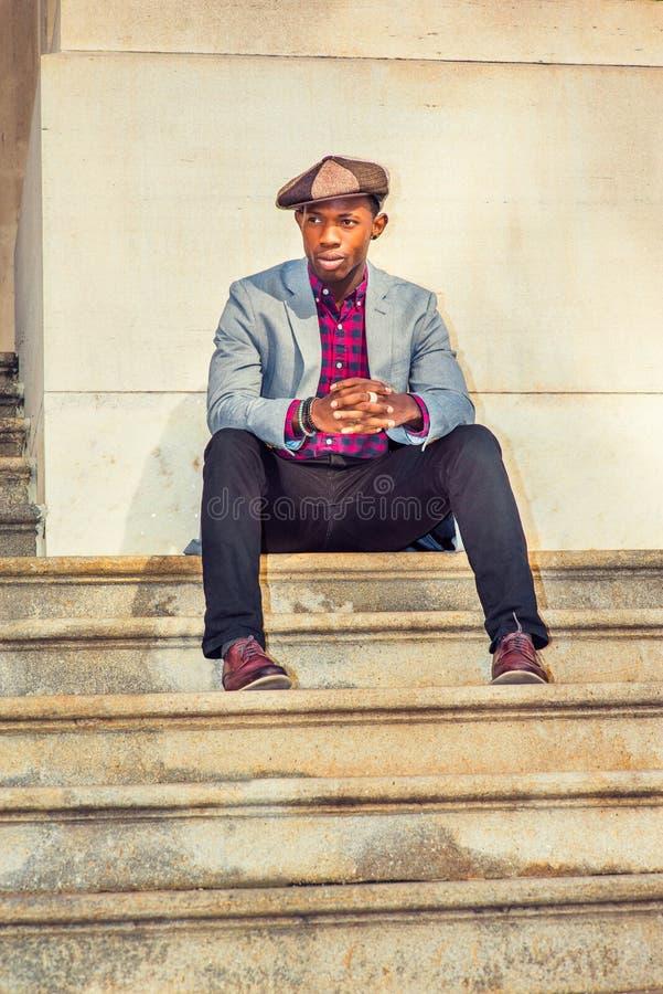 Moda urbana del hombre imagen de archivo libre de regalías