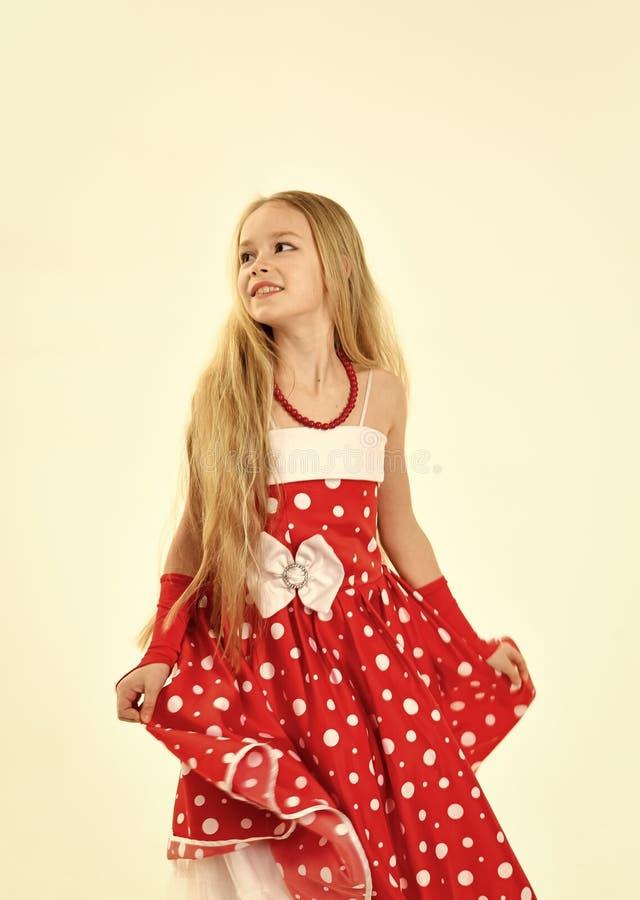 Moda y belleza en el estilo modelo, niñez Moda y estilo retro imagenes de archivo