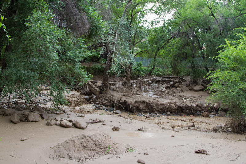 modderstroom stock afbeelding